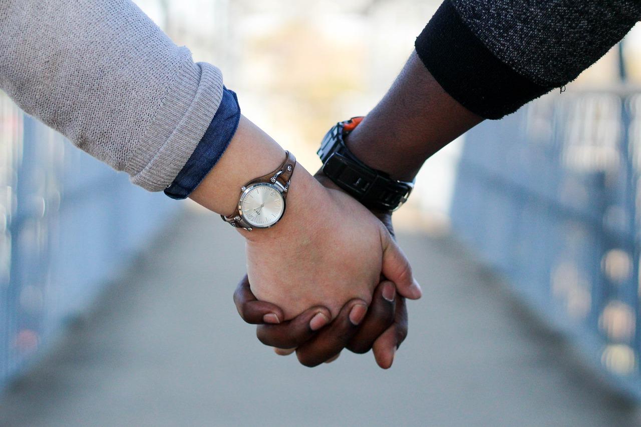 Quelle tenue choisir pour faire sa demande en mariage ?